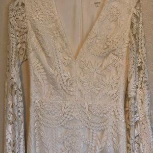 Tularosa White Long Sleeves Dress